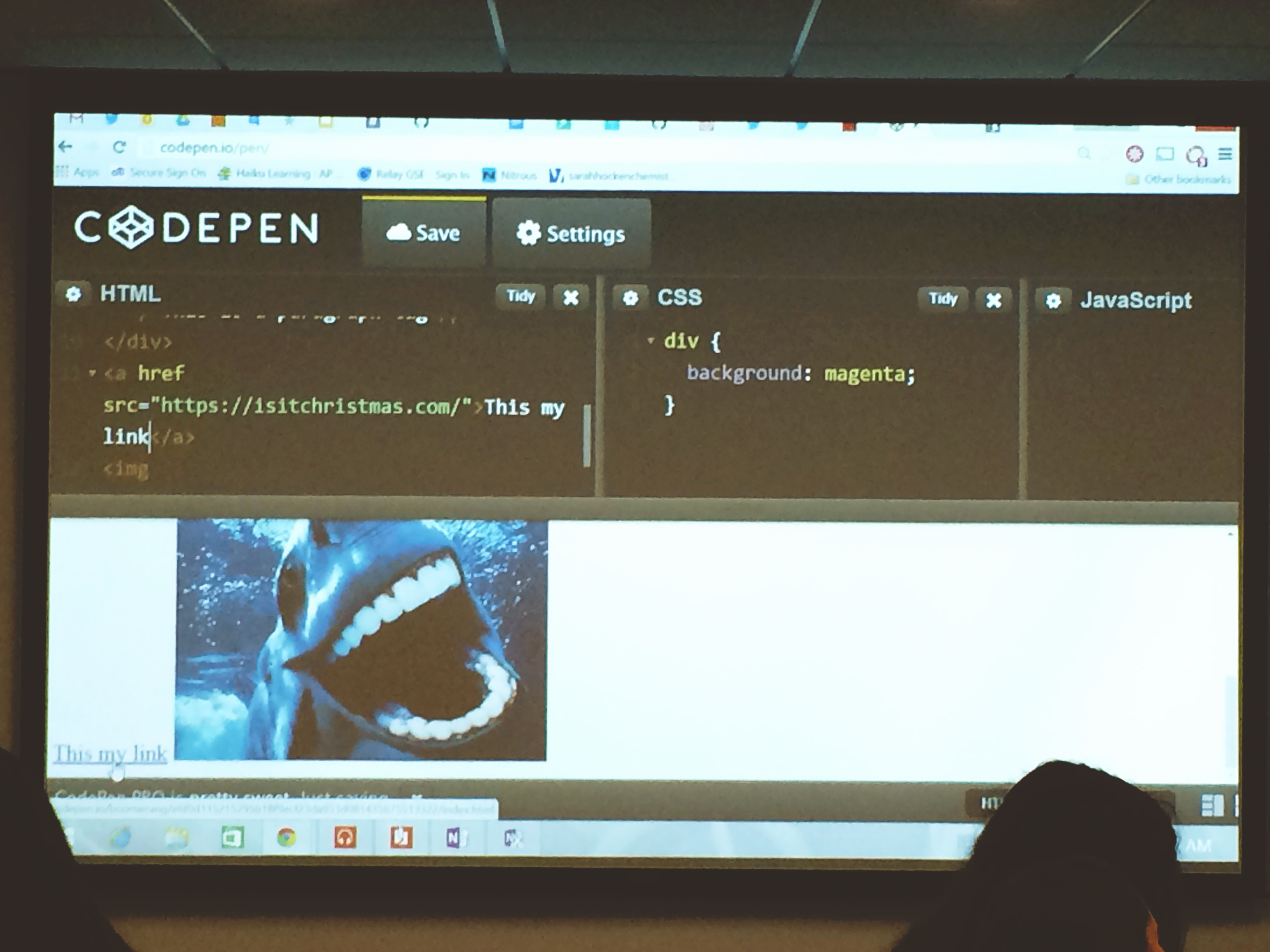 Codepen used to introduce html and css